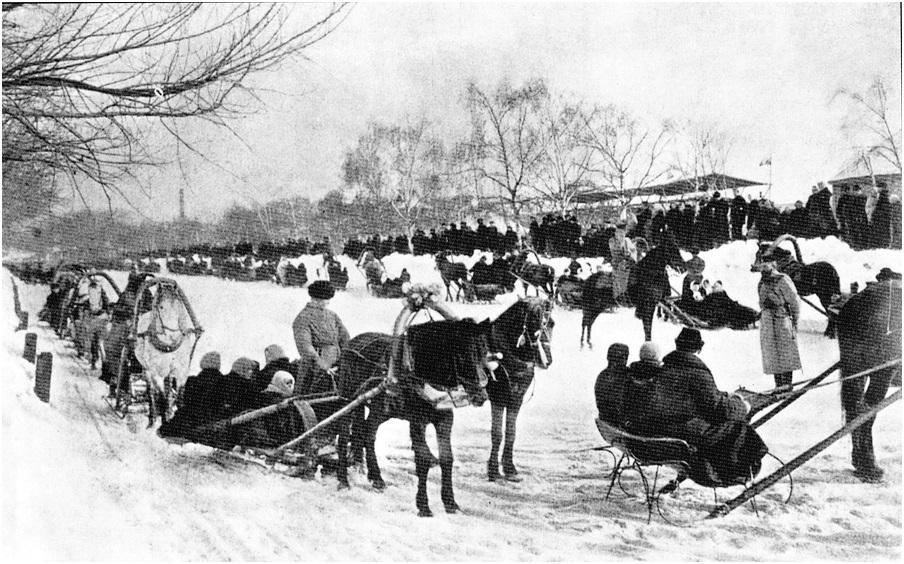 Фотография 1900-х годов. Масленичные гуляния на Девичьем поле