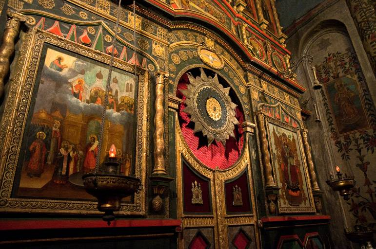 Внутреннее убранство храма Василия Блаженного
