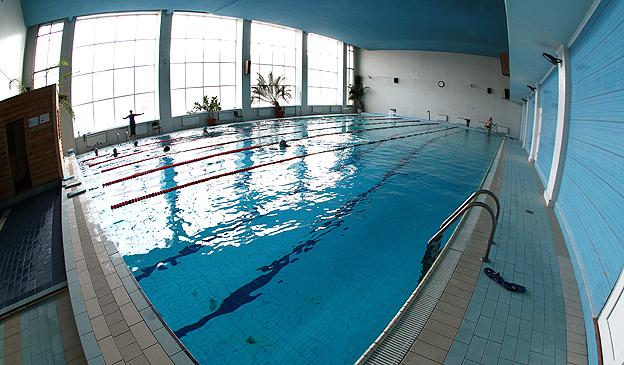 Бассейн с подземной соленой водой физкультурно-оздоровительного комплекса «Атлант»
