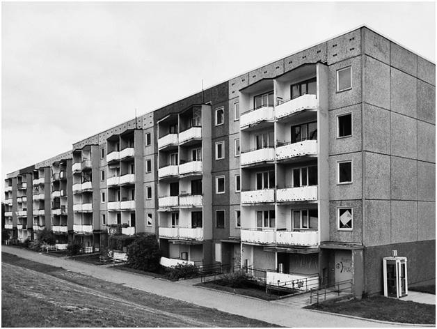 Типовая застройка хрущевскими пятиэтажками по лекалам Корбюзье