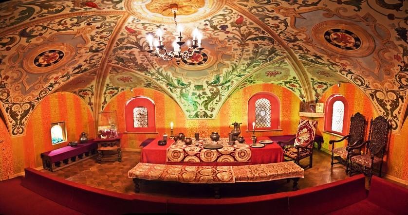 Боярская столовая семьи Романовых